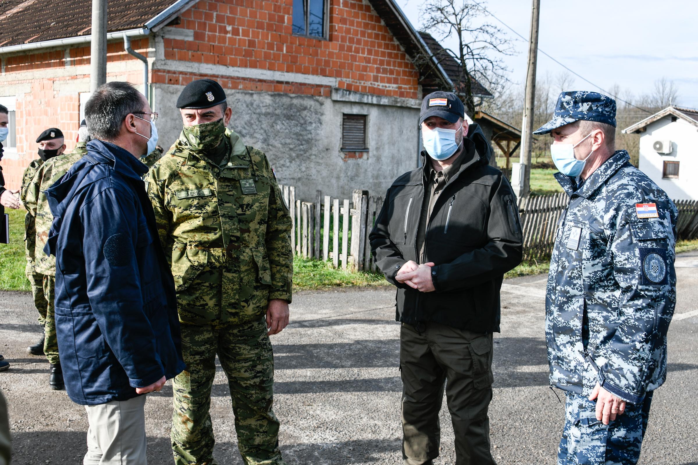 Novogodišnji posjet ministra Banožića i admiral Hranja Petrinji i Glini