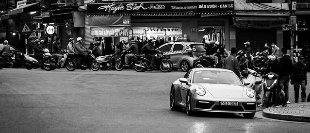 Photo:Porsche in Hanoi city By S. Ken
