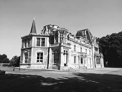 UN CHÂTEAU EN NORMANDIE - Photo of Basly