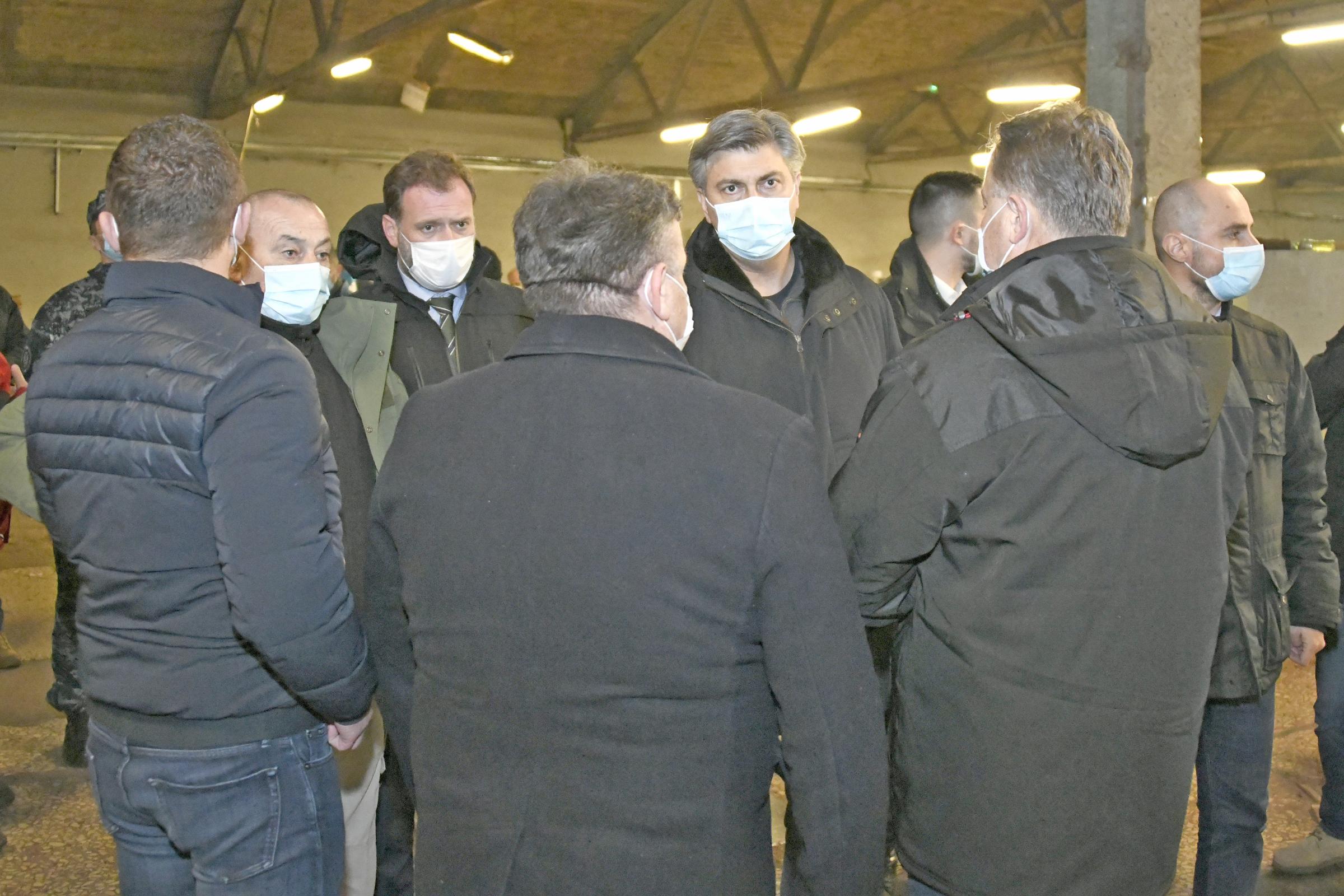 Ministar Banožić obišao Petrinju, Glinu, Sisak i Majske Poljane