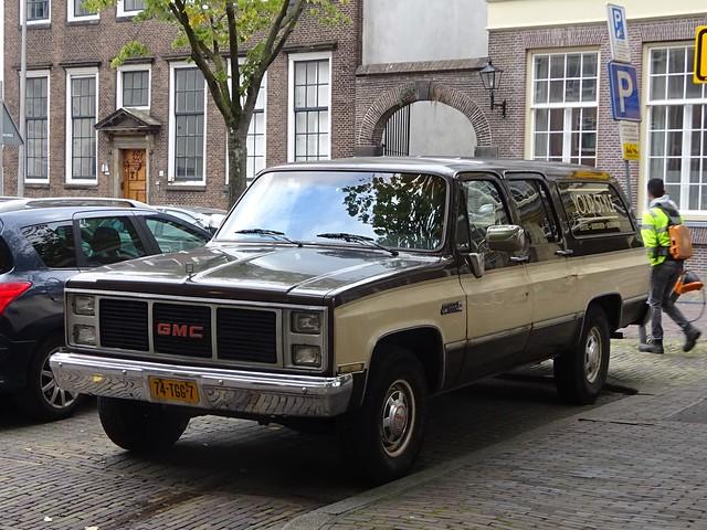 Photo:1985 GMC Suburban By harry_nl