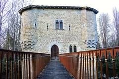 Moulin fortifié