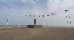 Juno Beach Memorial - Photo of Douvres-la-Délivrande