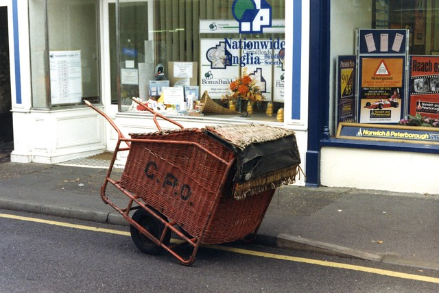Photo:Mail barrow c 1991  East Anglia? By sludgegulper