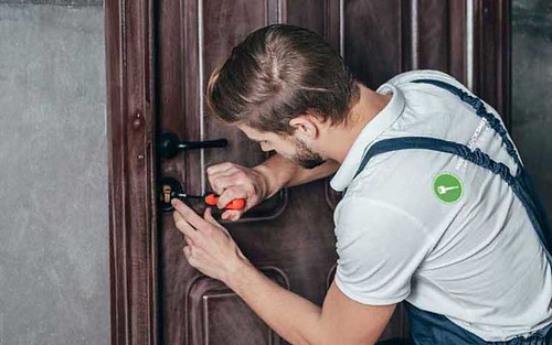 Locksmith in Colorado Springs, CO
