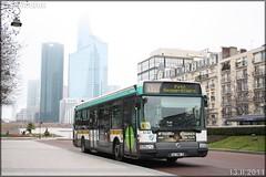 Irisbus Agora Line – RATP (Régie Autonome des Transports Parisiens) / STIF (Syndicat des Transports d'Île-de-France) n°8232