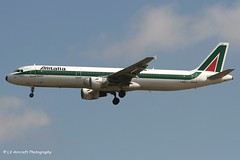 I-BIXJ_A321_Alitalia_- - Photo of Vaudherland