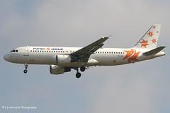 YL-LCA_A320_Israir_-