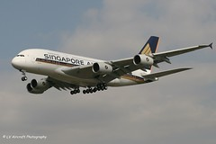 F-WWSA_A388_Singapore Airlines_-