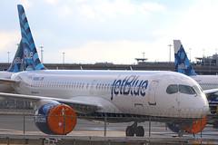 N3008J | Airbus A220-300 | jetBlue Airways