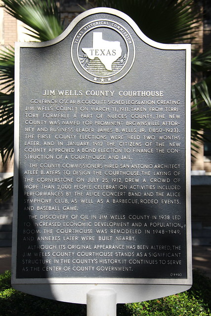 Photo:Jim Wells County Courthouse (Alice, Texas) By cmh2315fl