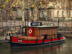 red boat - Photo of Strasbourg