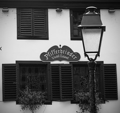 restaurant sign - Photo of Strasbourg