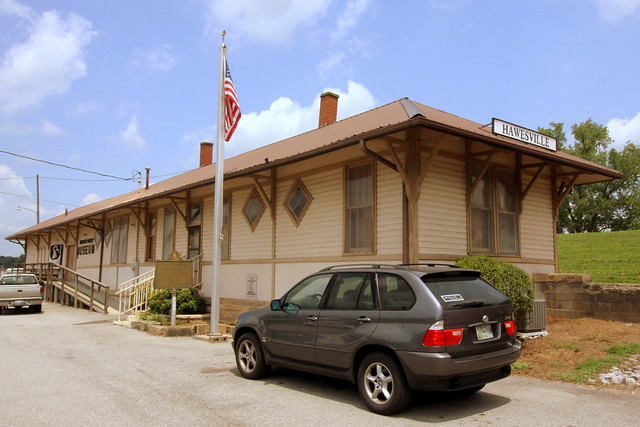 Photo:Hawesville, KY train depot By SeeMidTN.com (aka Brent)