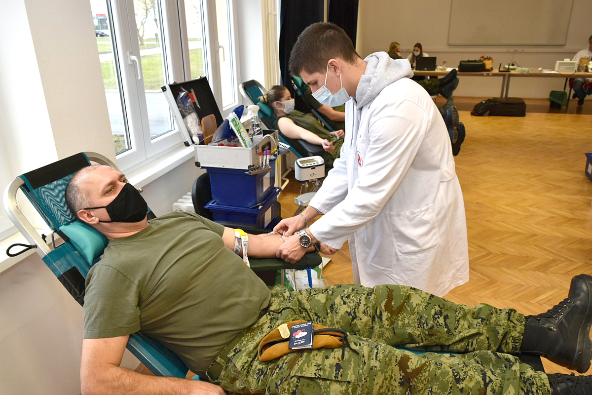 Pripadnici Puma darovali krv u vojarni u Varaždinu