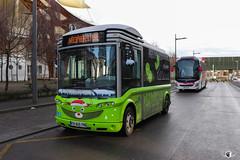 LE MET' / Bolloré Bluebus 22 n°1961 et Volvo 9900 n°345 - Voyages Coutarel