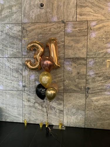 Folieballon Cijfer 31 met Tafeldecoratie 6ballonnen NHOW Hotel Rotterdam