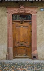 Porte d'une annexe du couvent du Klingental / Tür eines Anbaus des Klosters Klingental