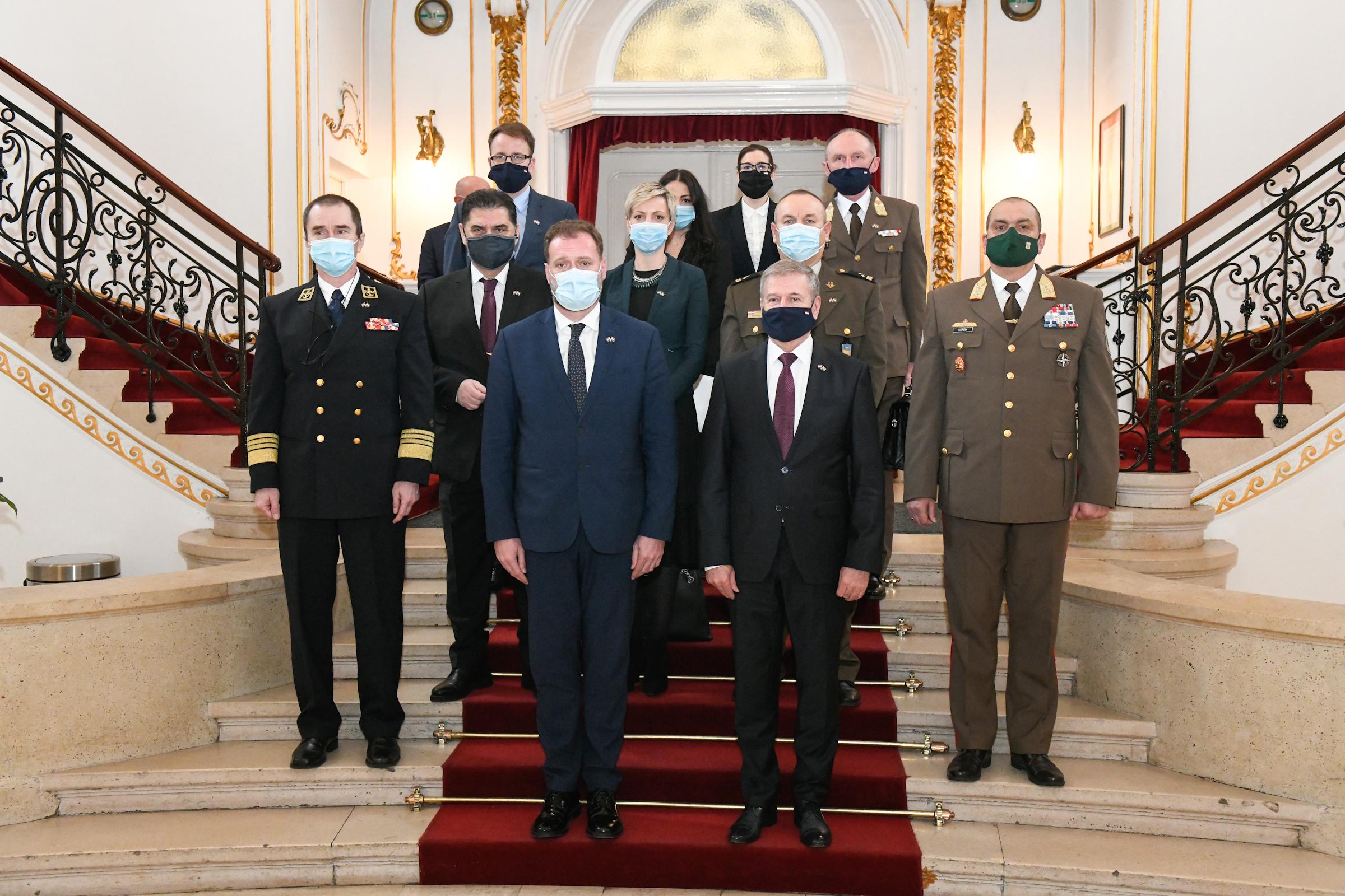Ministar obrane Mario Banožić u službenom posjetu Mađarskoj