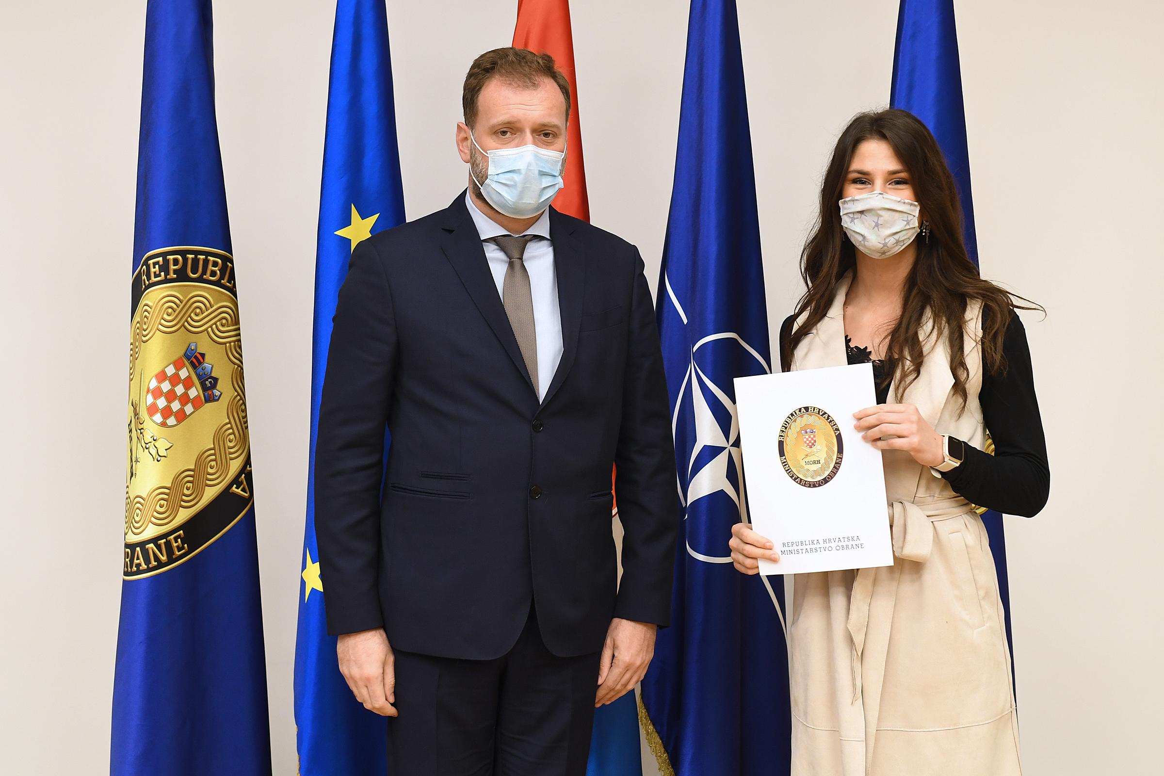 Ministar Banožić s vrhunskim sportašima u MORH-u