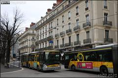 Irisbus Citélis 18 – SEMITAG (Société d'Économie Mixte des Transports de l'Agglomération Grenobloise) / TAG (Transports de l'Agglomération Grenobloise) n°4416 & Irisbus Citélis 18 – SEMITAG / TAG n°4423