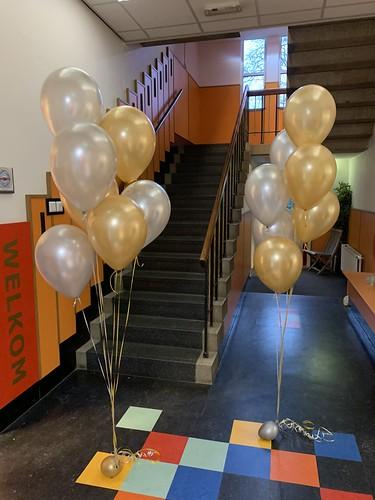 Tafeldecoratie 7ballonnen Gronddecoratie Tarcisius School Rotterdam