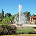 Coronation Fountain, WGC, 3 by John Fogarty