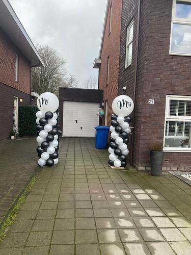 Ballonpilaar Breed Rond Huwelijk Mr & Mrs
