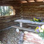 Inauguration de l'abri forestier offert par le Lions Club le 15 octobre 2005
