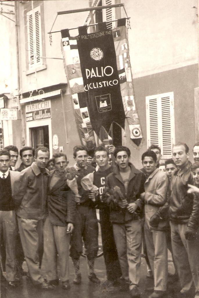 5a) 1954 vittoria palio rioni