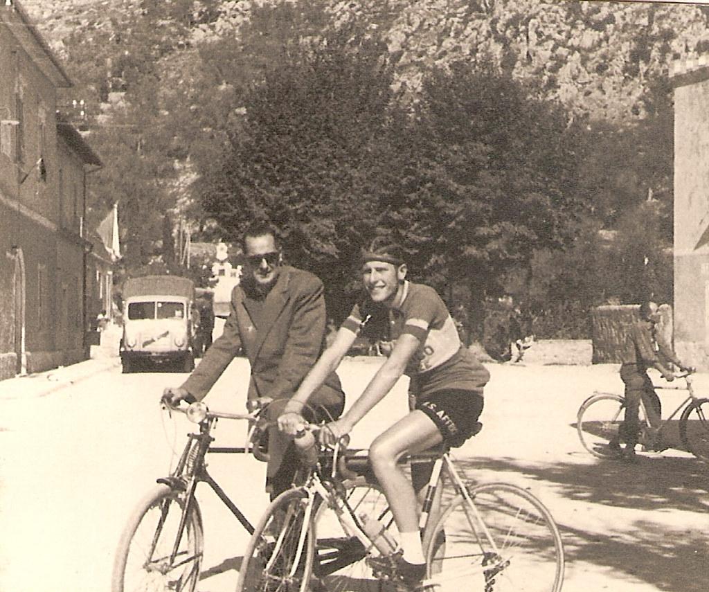 10) 1955 Luca e zio Vittorio