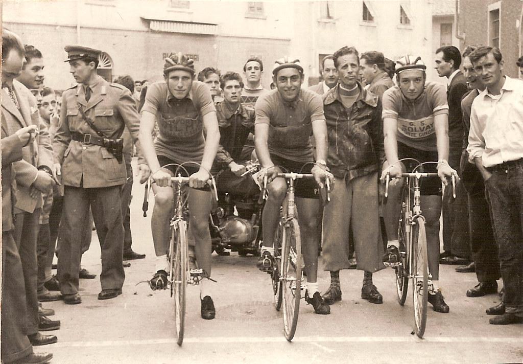 1a) 1954 palio rioni Livorno cron. squadre. Paoli Carlesi Martelli