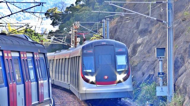 全新港鐵東鐵綫現代列車