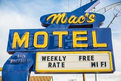 Mac's Motel