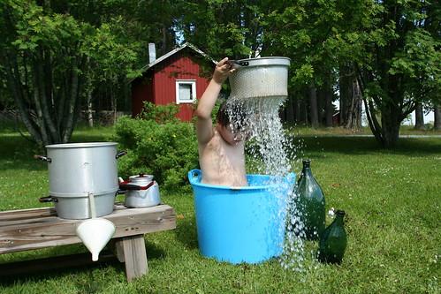 Hellepäivän suihku, IKs Kuukausi kilpailu