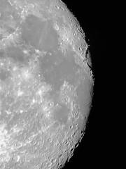 Waxing Gibbous Moon (Luna)