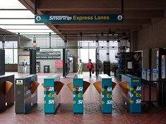 SmarTrip Express Lanes at Vienna/Fairfax-GMU station