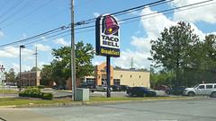 Big breakfast, Taco Bell style