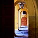 inner passage - https://www.flickr.com/people/23808252@N00/