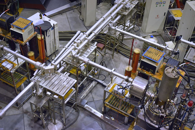 HL-2A tokamak auxiliary systems in Chengdu, China