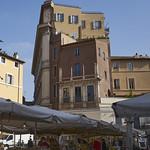 Banchi del mercato - https://www.flickr.com/people/188668181@N08/