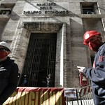 presidio-fim-fiom-e-uilm-al-mise-lavoratori-metalmeccanici-aziende-in-crisi_51072603233_o