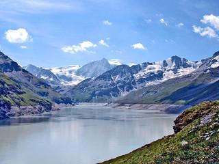 Suisse, Barrage de la Grande Dixence & le lac des Dix à 2 365m d'altitude
