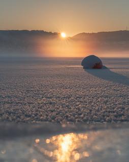 Fog, ice and sunrise