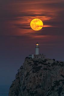 Fullmoon @ Formentor Lighthouse (Mallorca, Balearic Islands)