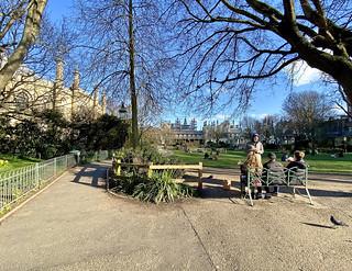 Brighton Pavilion Gardens - Brighton Streets