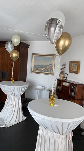Tafeldecoratie 3ballonnen Marmer en Chrome Goud
