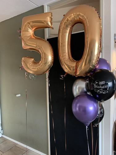 Ballonboeket Verjaardag 50 Jaar Paars Goud