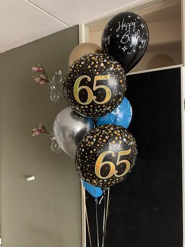 Ballonboeket Verjaardag 65 Jaar Blauw Zwart