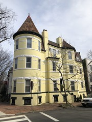 Yellow house with turret, Q and 31st streets NW, Georgetown, Washington, D.C.